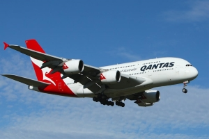 Pilots angered by Qantas pocketing Government JobKeeper Payments